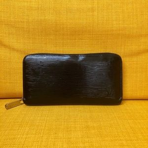 Handbags - Louis Vuitton Epi Wallet